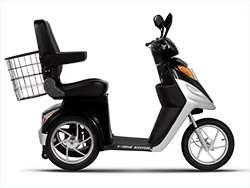 Treme XB 420M Electric Mobility Scooter   Black