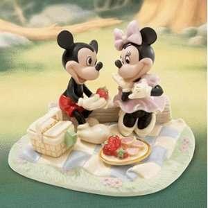 LENOX DISNEY MICKEYS RECIPE FOR ROMANCE MINNIE NEW 2008