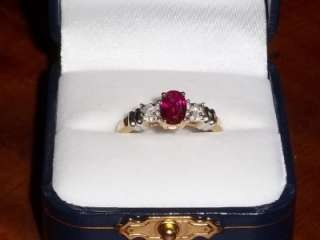 Estate 10k gold Ruby & White Diamonds Ring sz 7.5