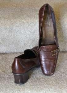 AK Anne Klein iFlex Womens DK Brown Low Heel Shoes (Size 9 M)