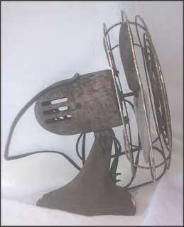 Vintage MANNING BOWMAN 115V Electric Fan Model 08506
