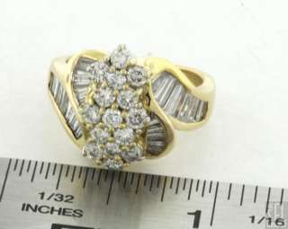 HEAVY 18K GOLD FANCY EXQUISITE 2.71CT DIAMOND CLUSTER COCKTAIL RING