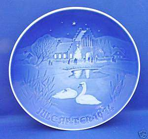 Bing & Grondahl CHRISTMAS IN THE VILLAGE 1974 Plate A+