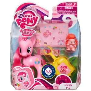 My Little Pony Figure Pinkie Pie with Suitcase: Everything