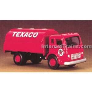 IMEX HO Scale International CO 190 Tank Truck   Texaco