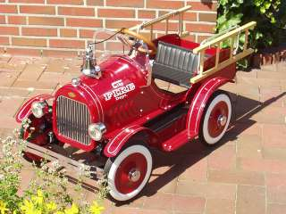 Kinderauto Blechauto Feuerwehrauto Auto Pedal Car NEU Kinder