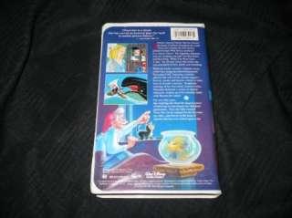 Walt Disneys Pinocchio VHS 012257239034