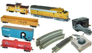 ATHEARN H O SCLAE TRAIN SET UNION PACIFIC. NOT HORNBY