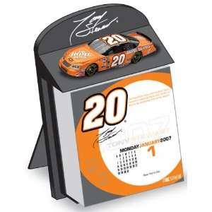 Tony Stewart Box Calendar 2007