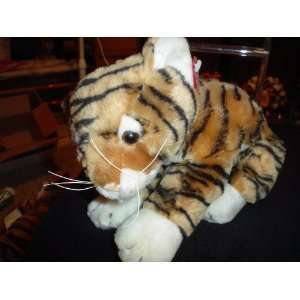 DAN DEE COLLECTORS CHOICE 12 STUFFED TIGER: Toys & Games